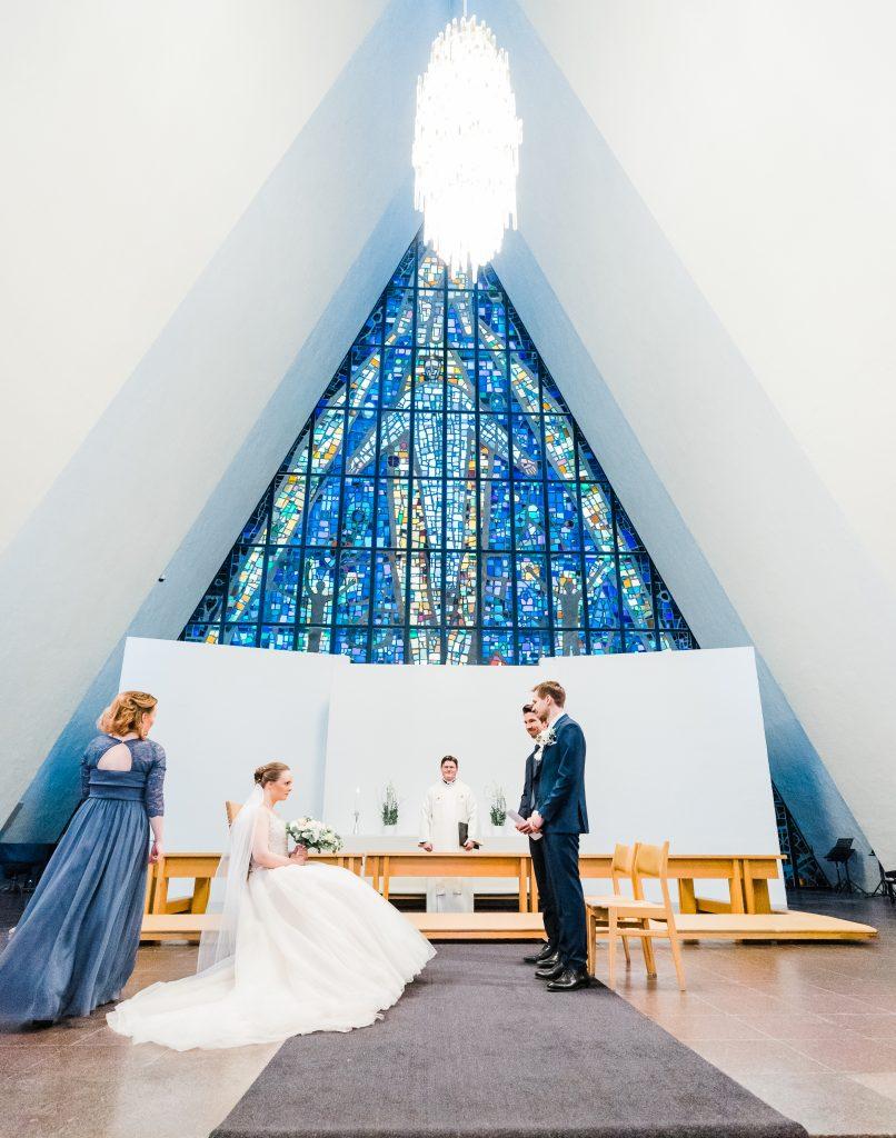 Bryllup i Ishavskatedralen